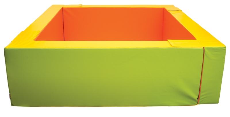 čtvercový bazén